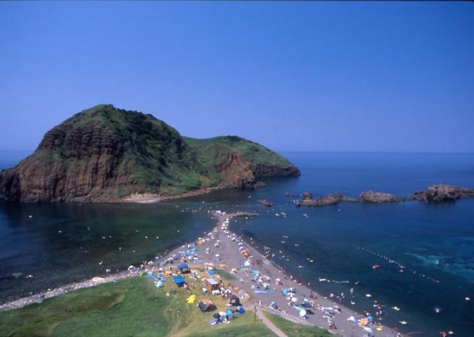 二ッ亀海水浴場(撮影:竹谷正純)