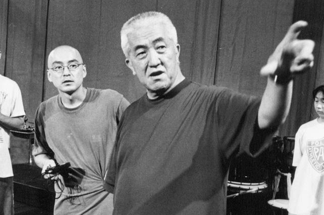 2000年7月「佐渡あたりでバチあたり」のリハーサルにて(写真:吉田励)