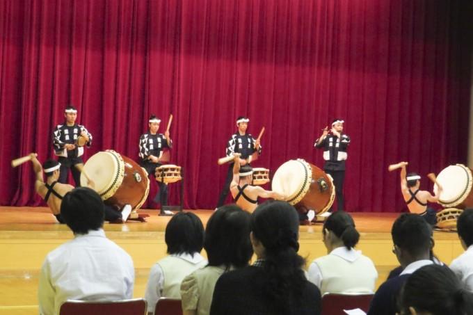 9/15都内での学校公演より Photo: Erika Ueda